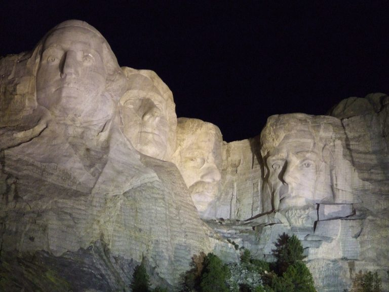 Mount Rushmore light up at night