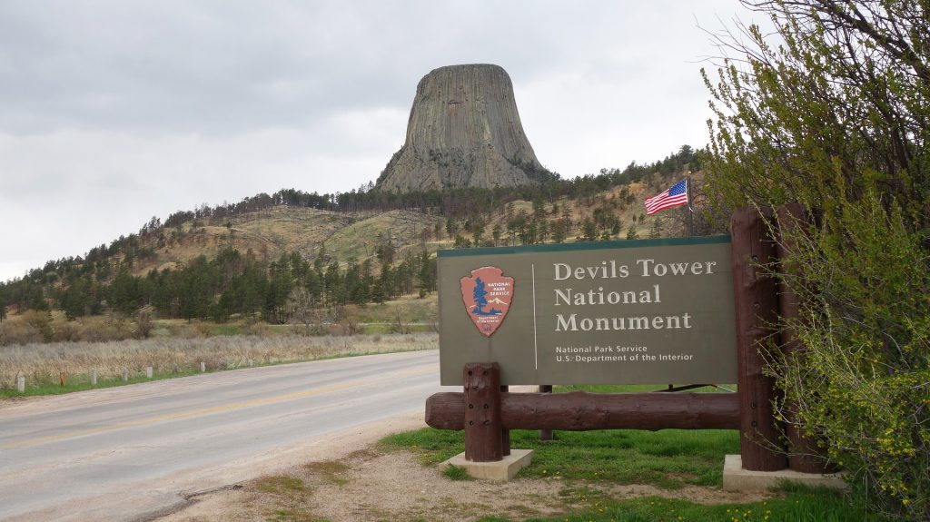 Entrance sign to Devils Tower National Monument